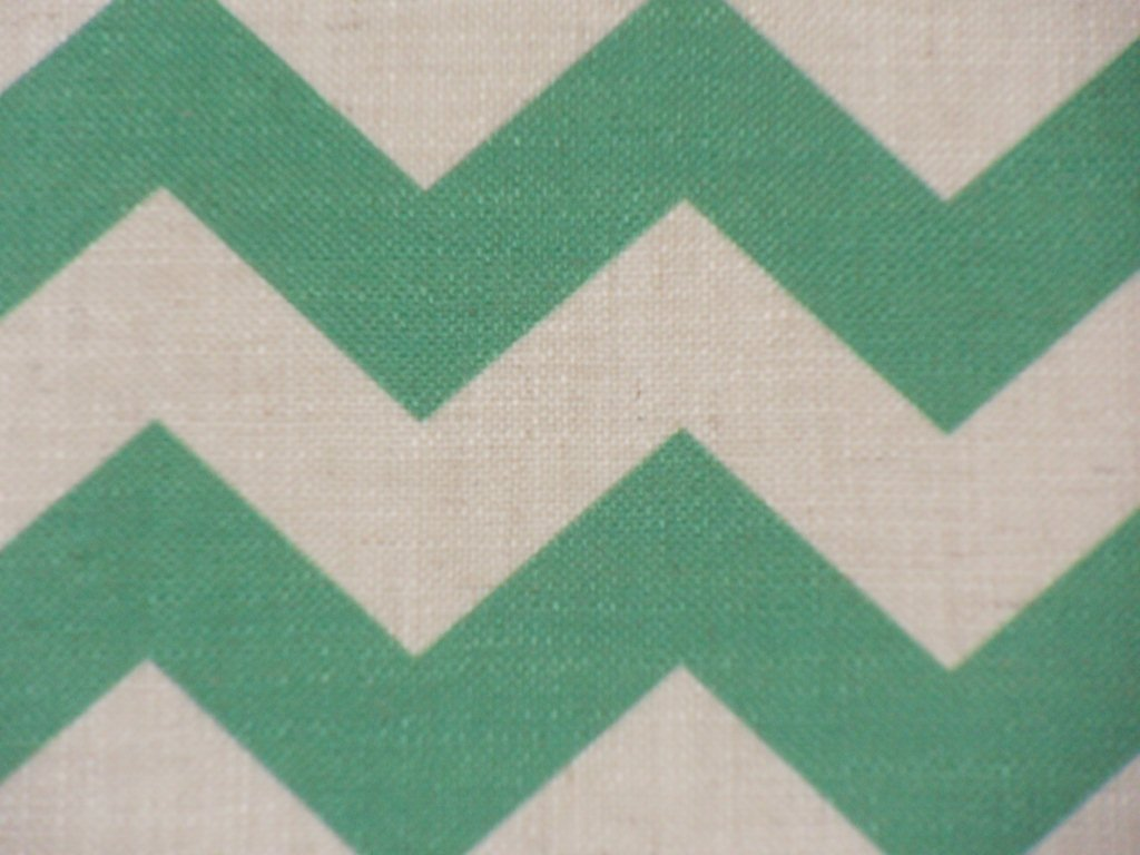 Chevron Emerald